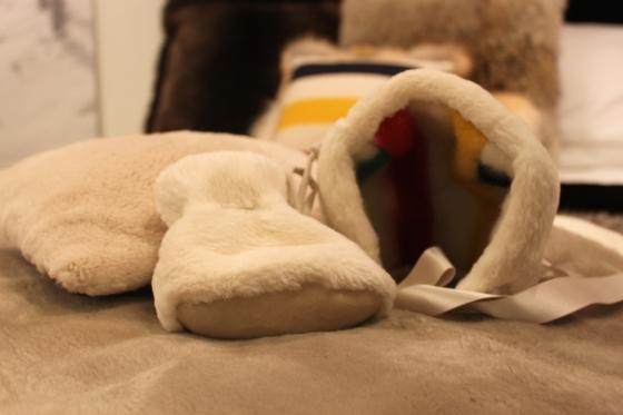 Caroline Furs Baby gift set