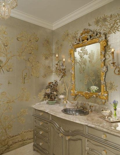 chinoiserie in silver and gold bath
