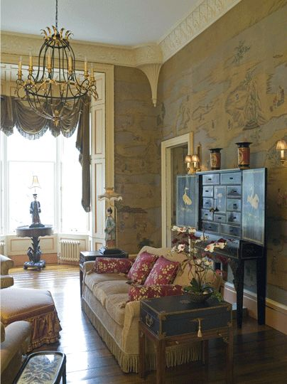 chinoiserie living area