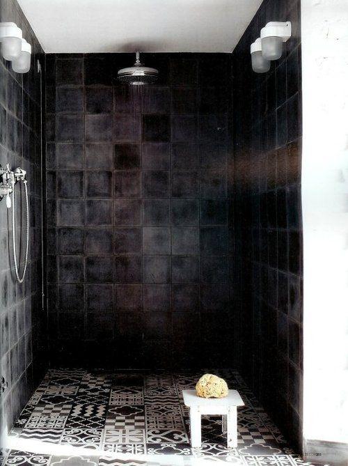 blk white bath 3