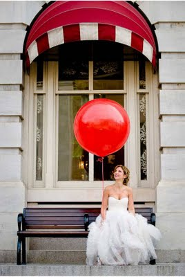 Red awning baloon
